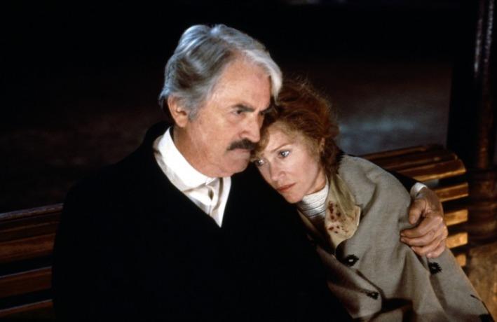 Carlos Fuentes : biography