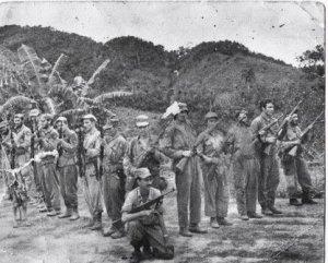 Lázaro Artola y sus guerrilleros en El Nicho, Escambray, 1958.