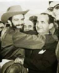 """Camilo Cienfuegos y José """"Pepe"""" Figueres Presidente de Costa Rica. La Habana, enero de 1959."""